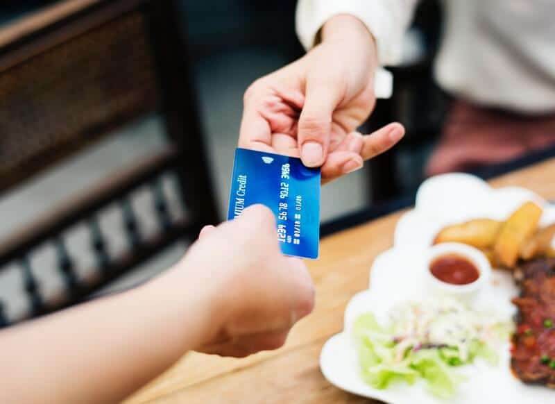 why every business needs a line of credit to establish credit with vendors