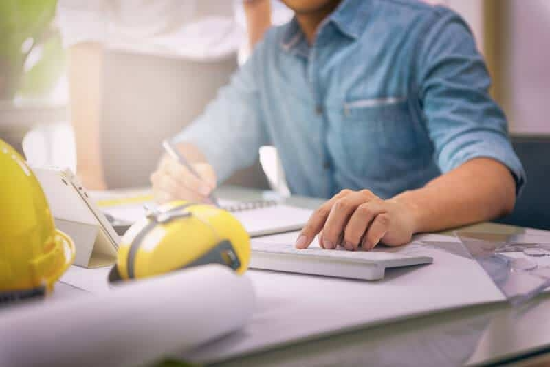 construction payroll spring cleaning for business season